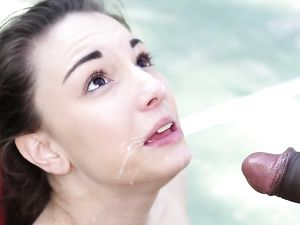 Huge Dick Doggystyle Has The Girl Screaming Outdoors
