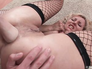Blonde Whore Anally Fisted By Her Sexy Girlfriend