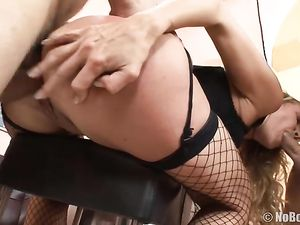 Rough Oral Treatment Of A Hot Whore In Fishnets