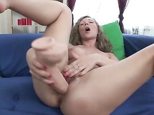 Cunt Stretching In Close Up As She Fucks Her Toys