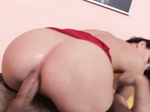 Cute Brunette Enjoys Plunging Herself With Cocks