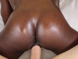 Chocolate Honey Gets A Facial After Fucking