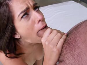 Hot Facial For A Petite Babe After Fucking
