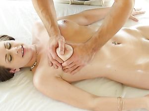 Rubbing Delilah Blue And Turning Her On For Hot Sex